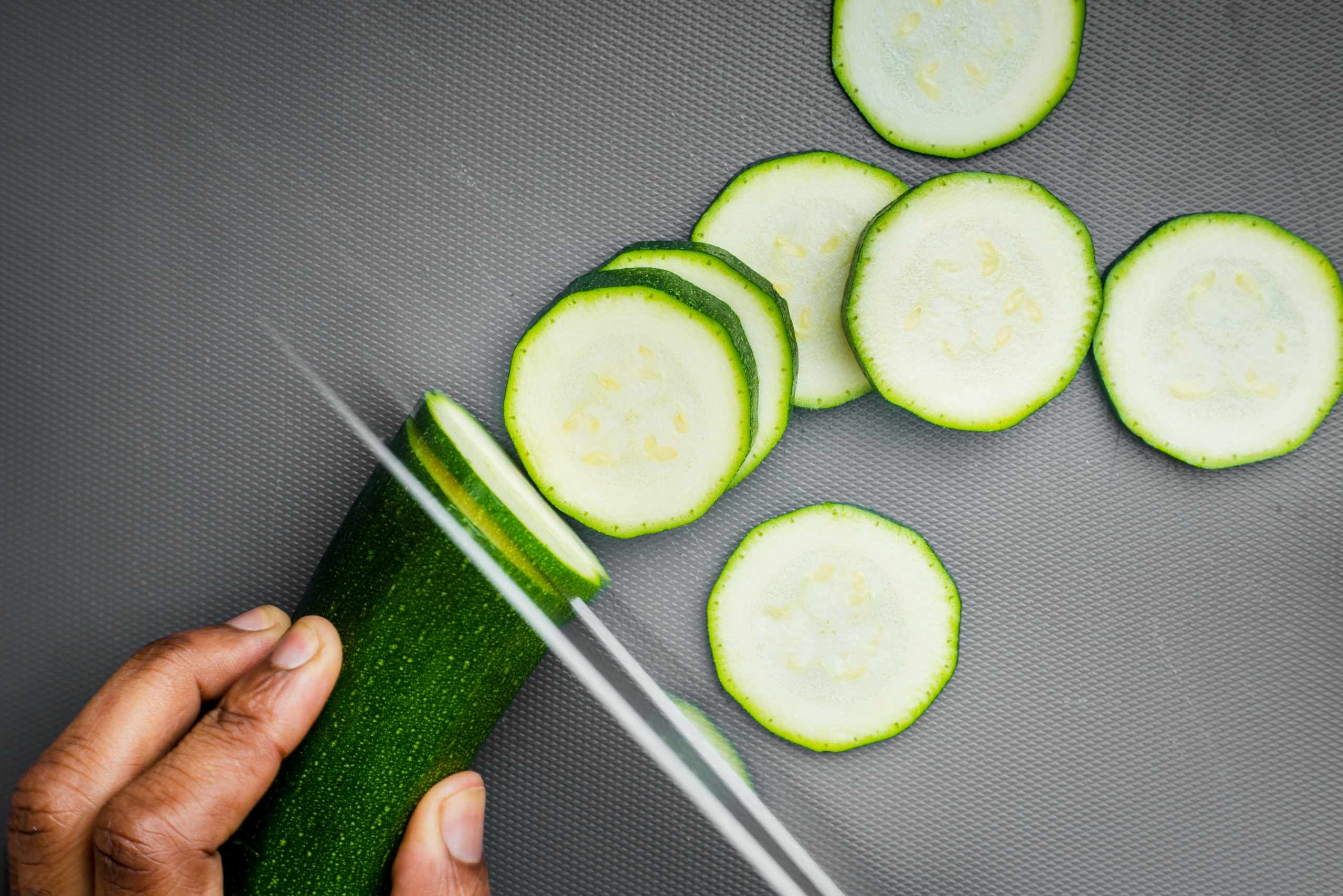 Foods can help you to get rid of bloating